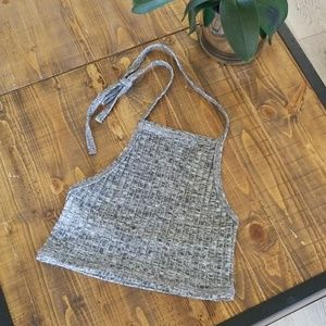 Tops - Gray cropped halter top